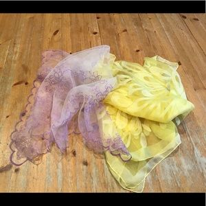 ☀️VINTAGE 50's chiffon scarves